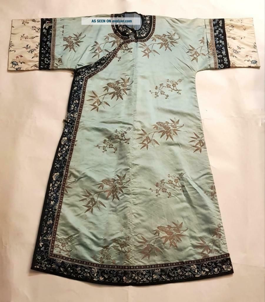 Chinese Embroidered Woman ' s Antique Robe With Prunus And Ruyi,  19th C