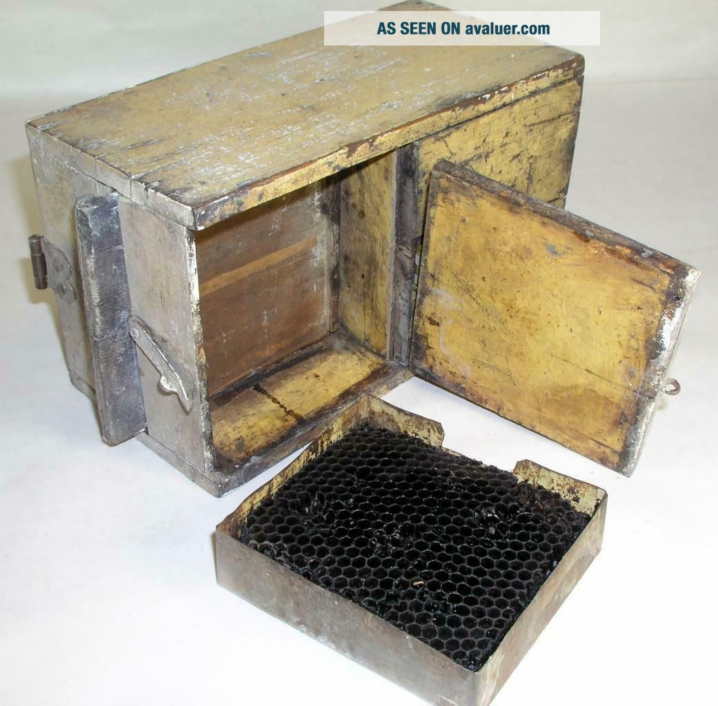 Antique Tin - Wooden Bee Lining Or Hunting Box Apiary Beekeeping Yellow Painted