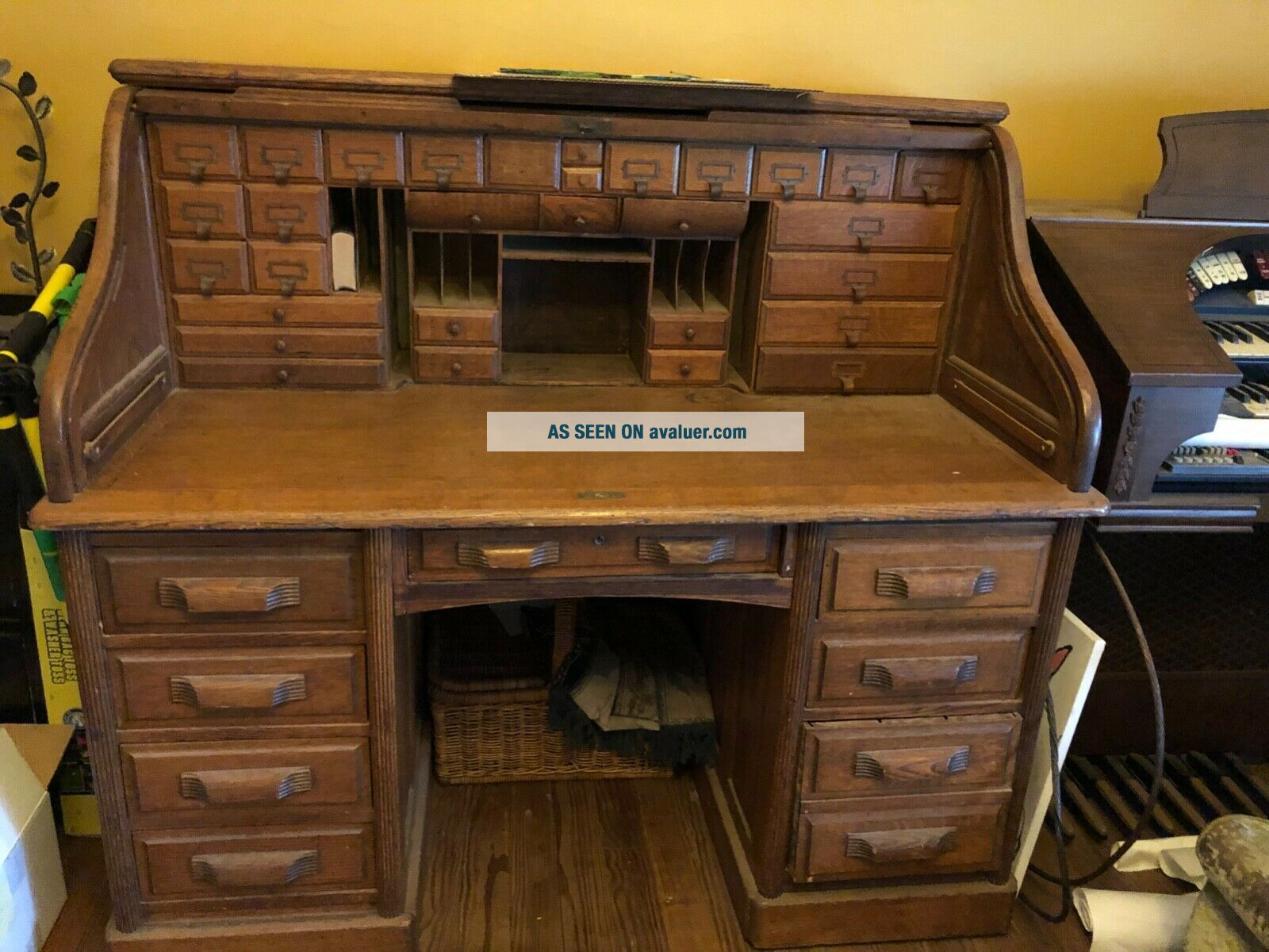 Antique Large Roll Top Desk,  Exquisite,  Family Heirloom