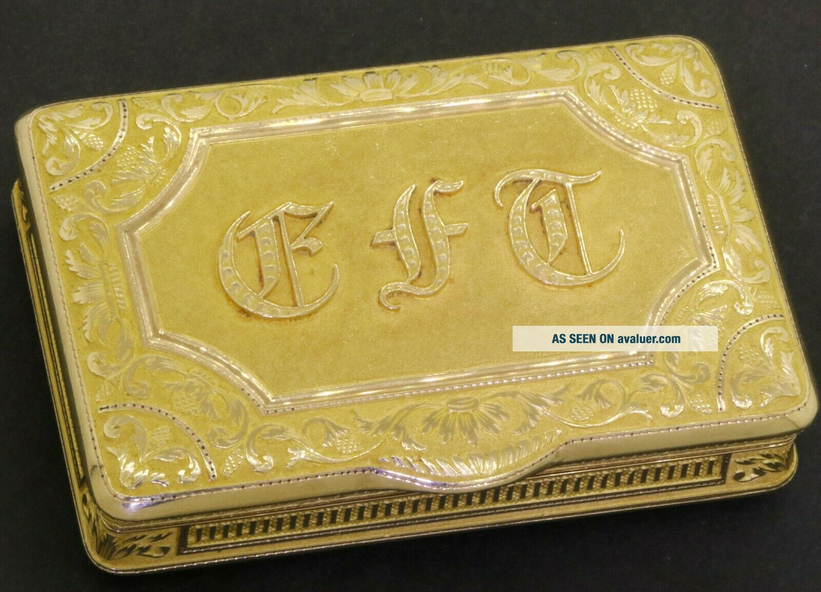 ca.  1820 Simon - Achille Leger Paris antique heavy 18K gold snuff box,  68 grams