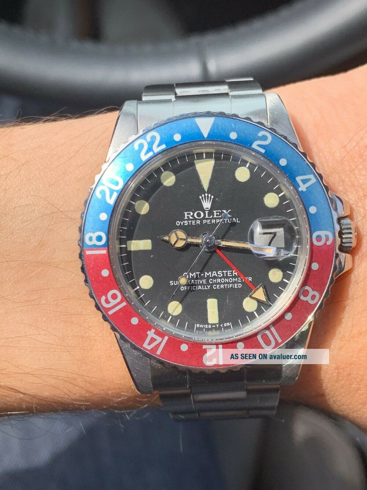 Vintage Rolex GMT MASTER 1675 Pepsi MKIV Dial,  beautifully faded insert
