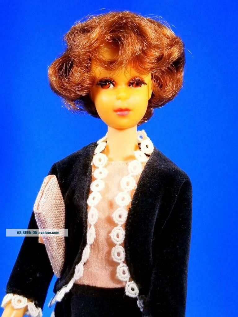 RARE Auburn Francie Doll w/Japanese Exclusive Clone MINTY Vintage 1960 ' s