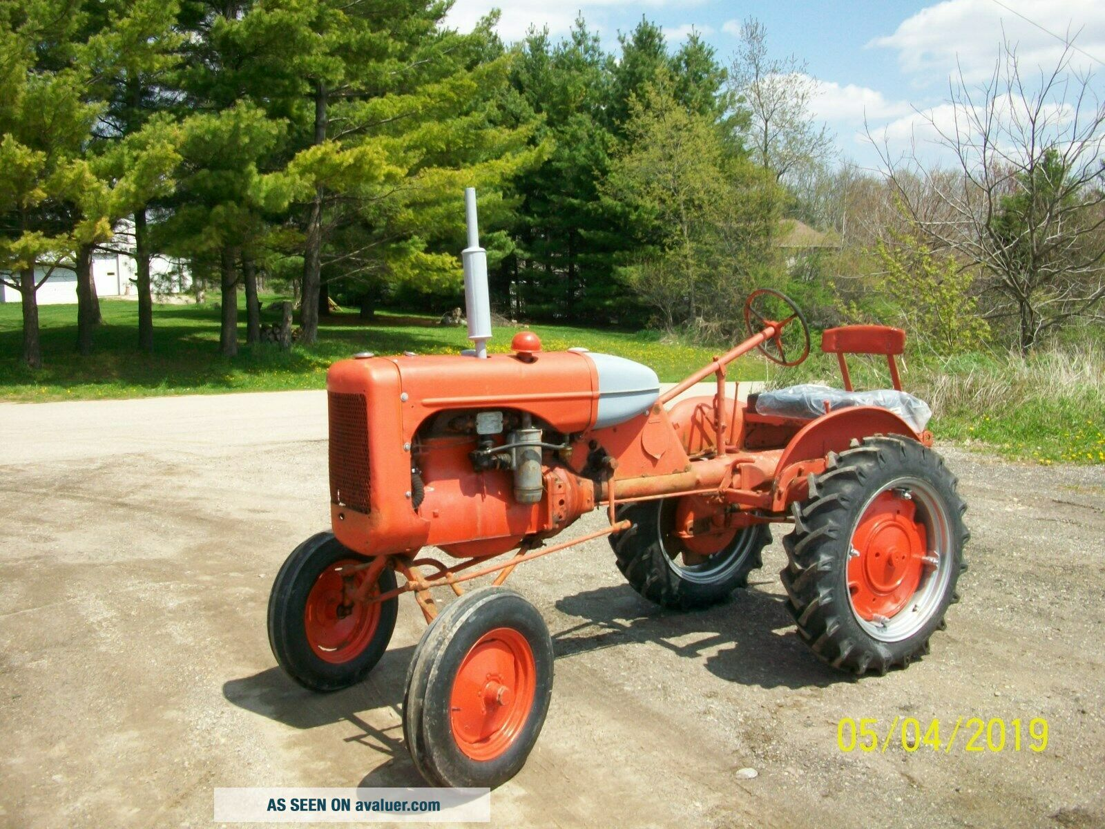 Allis Chalmers B Antique Tractor farmall oliver deere a b g h d wd 45
