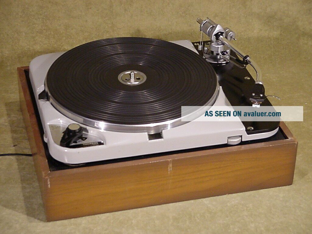 THORENS TD - 124 MK II Vintage Turntable with SME 3009 tonearm & Shure Cartridge