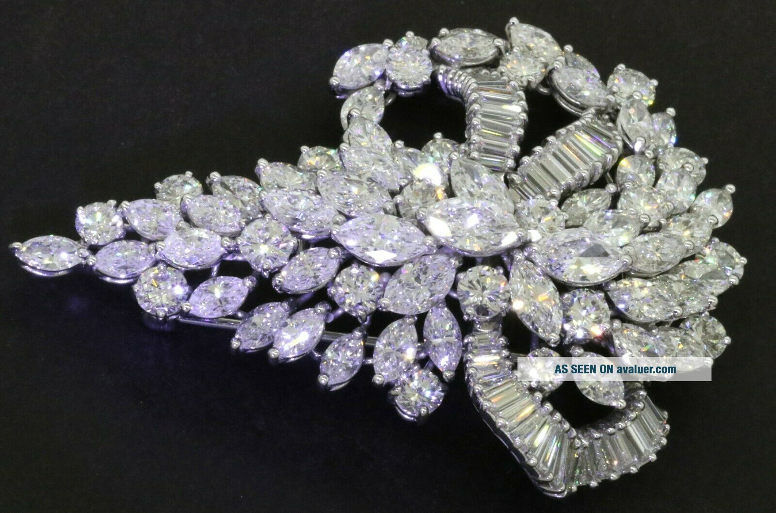 Van Clief vintage 1950s heavy Platinum exquisite 28CTW VS diamond cluster brooch