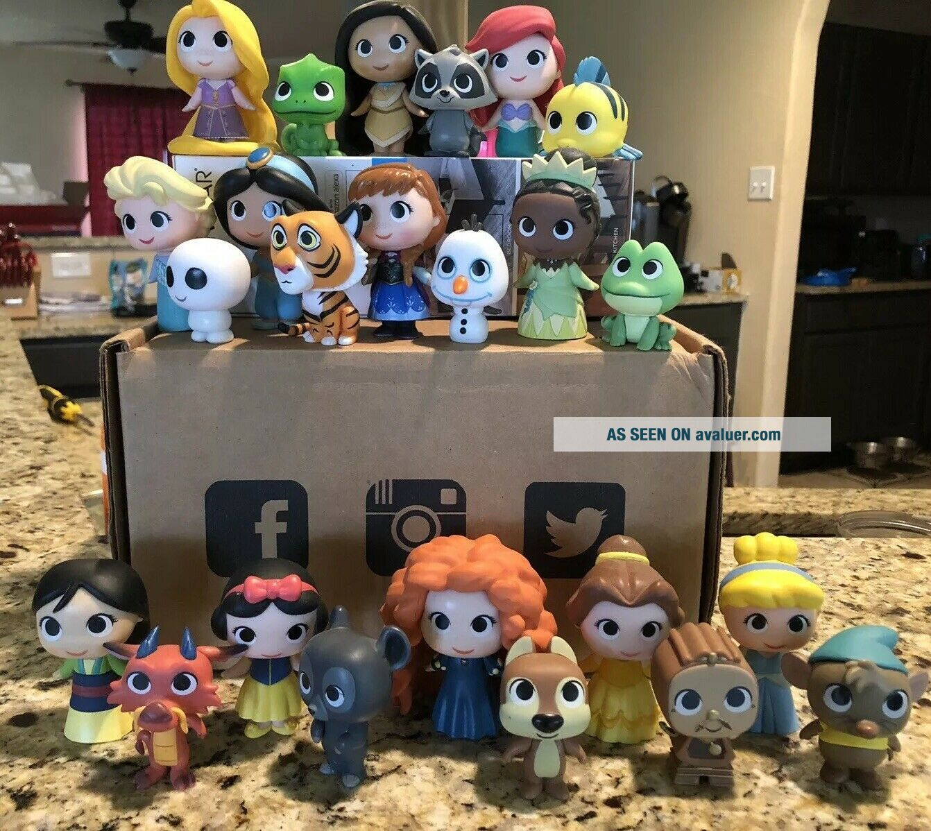 Disney Mystery Mini Vinyl Figures FUNKO Sidekicks COMPLETE SET EXTREMELY RARE